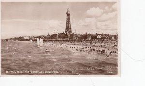 RP: BLACKPOOL , Lancashire , England , 1910-30s ; Beach