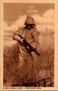 Vtg Tarjeta Postal 1944 WWII Un Scout Arebatos Un Covey- Campamento Howze Texas