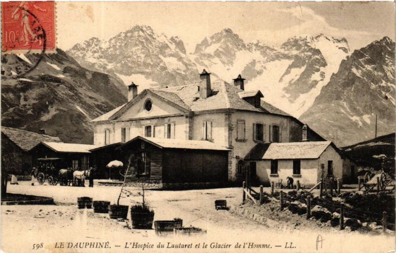 CPA Le Dauphiné - L'Hospice du LAUTARET et le Glacier de l'Homme (583390)