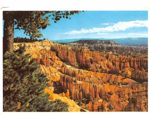 Boat Mesa and the Queen's Garden - Bryce Canyon National Park, Utah
