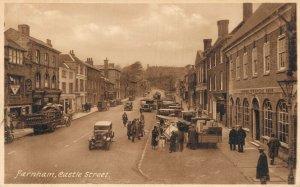 UK Farnham Castle Street 06.86