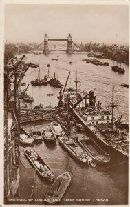 RP: LONDON , England, 1900-10s ; Pool of London & Tower Bridge