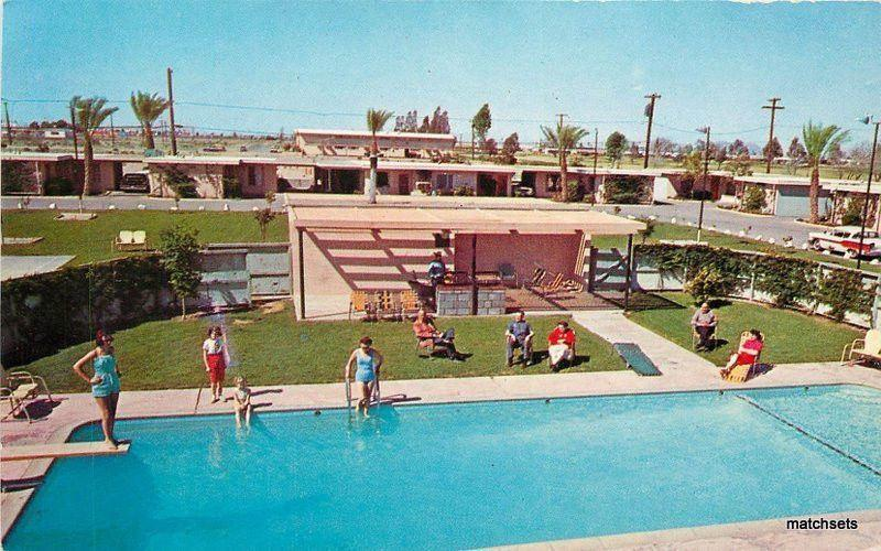 1950s Washyuma Motor Hotel Roadside pool Yuma Arizona Smith postcard 11258