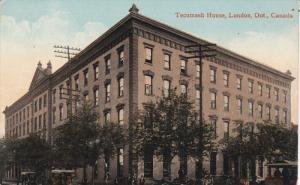 LONDON , Ontario , Canada , 00-10s ; Tecumseh House