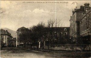 CPA EMBRUN - Entrée de la Ville? a droite le collége (453498)
