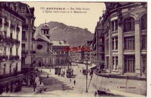 FRANCE. GRENOBLE - RUE FELIX-POULAT L'EGLISE SAINT-LOUIS ET LE MOUCHEROTTE