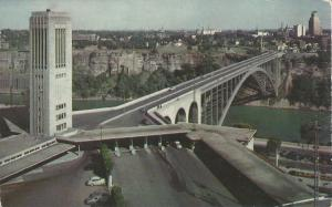Singing Tower & Rainbow Bridge, Niagara Falls, Canada, unused postcard