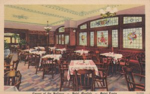 St. Louis , Missouri , 1930-40s ; Hotel Mayfair dining room