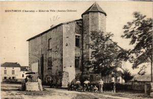 CPA Montbron (Charente) - Hotel de Ville (Ancien Cháteau ) (519105)