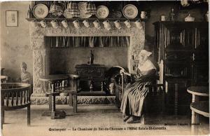 CPA  Quimper- La Chéminée de Rez-de-Chussée á l'Hotel Relais St-Cerentin(206467)