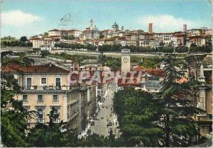 Postcard Modern Bergamo General view of the upper city taking place B Beiotti