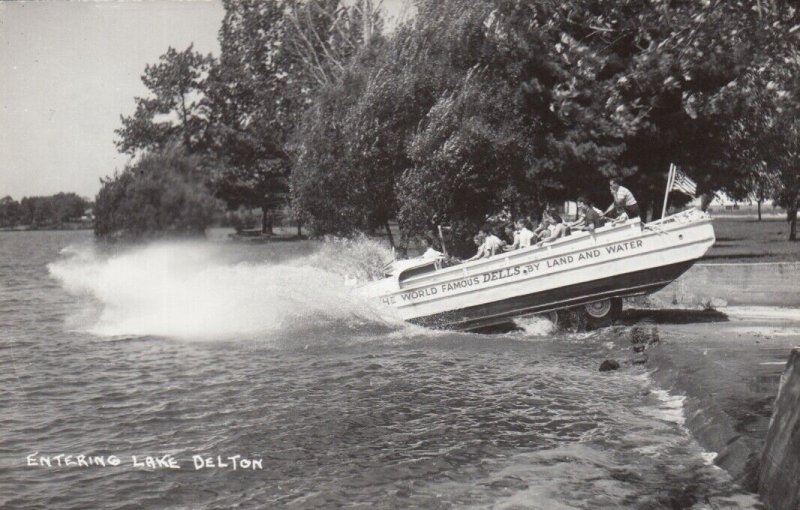 RP, WISCONSIN DELLS, Wisconsin, 1940-50s; Entering Lake Delton