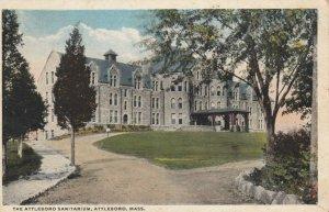 ATTLEBORO , Massachusetts , 1924 ; Sanitarium