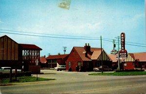Kansas Wichita English Village Motor Lodge 1959