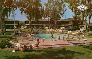 CA, Fresno, California, Town House Motor Hotel, Pool, Claspiill's Studio YL5259