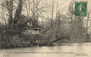 CPA Env. de ROZOY-en-bire - Chateau de la Fortelle - L'Embareadere (120052)