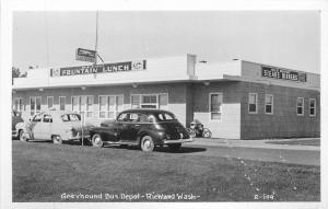 Autos Greyhound Bus Depot 1940s Fountain Lunch RPPC real photo Smith 4119