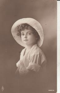 Early children portraits cute girl with hat