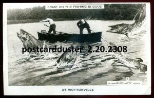 dc1549 - WOTTONVILLE Quebec 1947 Exaggeration Boat Fishing. Real Photo Postcard