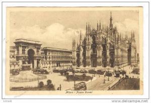 Italy Milano - Plazza Duamo - trolley s