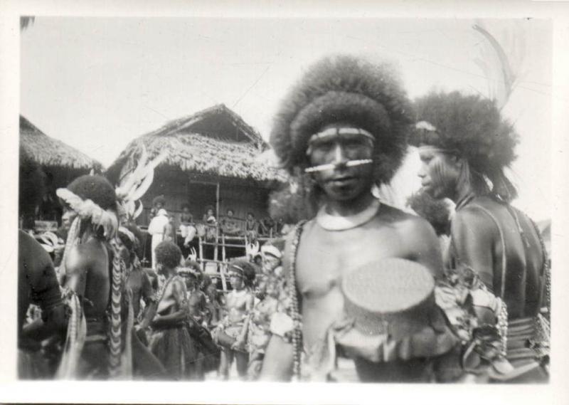 Papua New Guinea, Real Photo Native Papuas, Native Warrior (1930s) RP (05)