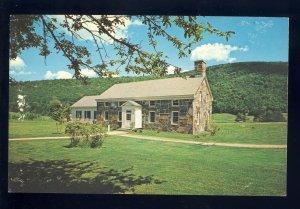 Plymouth, Vermont/VT Postcard, Calvin Coolidge Memorial Center & Gift Shop