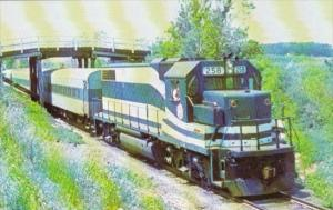 Trains Long Island Railroad GP-38 Locomotive #258 Passing Through Cutchogue N...
