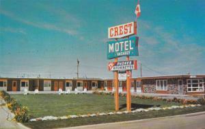 Crest Motel , LETHBRIDGE , Alberta , Canada , 50-60s