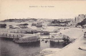 BIARRITZ, Port des Pecheurs, Pyrenees-Atlantiques, France, 00-10s
