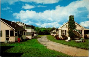 Lawrence Motel and Cottage York Beach Maine Hotel Cottage Cabins vtg Postcard