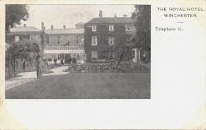 WINCHESTER HAMPSHIRE UK~ROYAL HOTEL POSTCARD