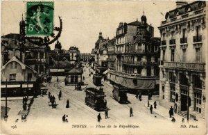 CPA Troyes- Place de la Republique FRANCE (1007906)