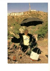 Joan Rivers Wearing I Love New York T-Shirt in Front of Hollywood Sign, 1983