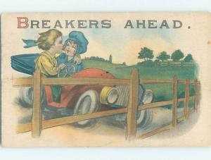 Pre-Linen GIRL AND BOY WATCH EACH OTHER BEFORE CAR CRASHES HL2499