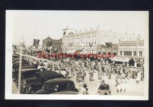 RPPC DOWNTOWN STREET SCENE PARADE 1930's CARS VINTAGE REAL