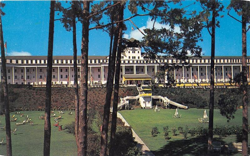 Mackinac Island Michigan~Grand Hotel Showing Lots of Lawnchairs on Lawn~1950s Pc