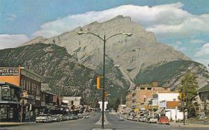 Double Sided Street View, Main Street, Business Sector, Banff, Alberta, Canad...