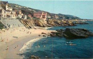 Beautiful Laguna Beach California Surfers Crocker Golden 1950s Postcard 21-1018