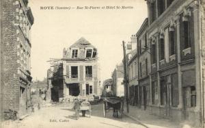 CPA ROYE - Rue St-PIERRE et Hotel St-MARTIN (121396)
