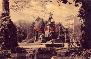 VISTA DE BUENOS AIRES, ARGENTINA. MONUMENTO GRAL. S. MARTIN EN PLAZA S. MARTIN