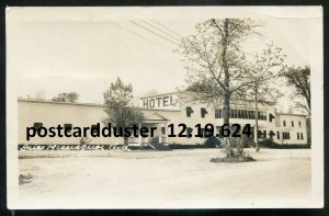 624 - BAIE MISSISQUOI Quebec 1949 Chateau Blanc Hotel. Real Photo Postcard