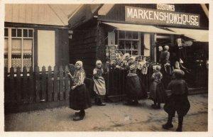 Netherlands Eiland Marken Markenshowhouse Costumes Postcard