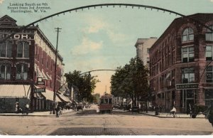 HUNTINGTON , West Virginia , 1913 ; Looking South on 9th Street