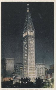 NEW YORK CITY , New York, 1900-10s ; Metropolis Building at Night
