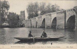 MANTES-SUR-SEINE , France, 00-10s; Vue sur le vieux Pont et l'Eglise Notre-Dame