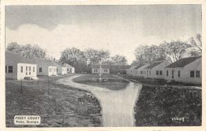 Perry Georgia~Perry Court Cottages~Unaved Driveway~1941 B&W Postcard
