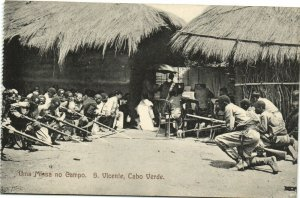 PC CPA CABO VERDE CAPE VERDE S. VICENTE MISSA NO CAMP Vintage Postcard (b26733)