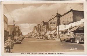 RP: NORTH BAY , Ontario , 30-40s ; Main Street