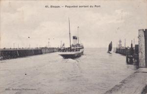 DIEPPE, Seine Maritime, France; Paquebot sortant du Port, PU-1908