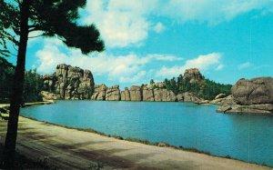 USA Sylvan Lake Black Hills South Dakota Vintage Postcard 07.32